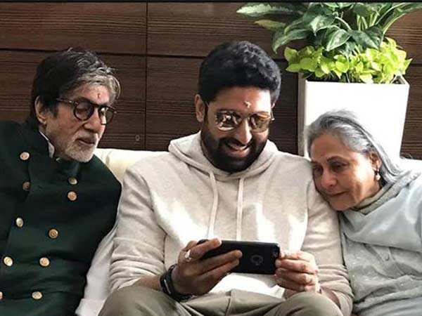 Abhishek Bachchan wishes his parents a happy anniversary with a sweet post