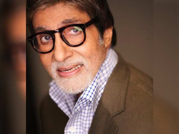 Amitabh Bachchan begins shooting for Gulabo Sitabo Lucknow