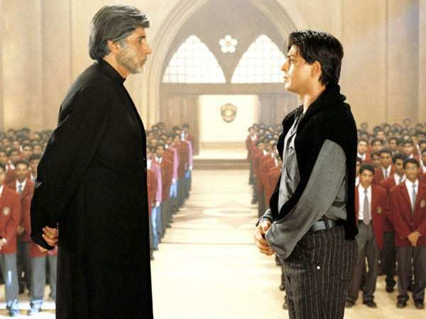 Shah Rukh Khan as Raj Aryan Malhotra in Mohabbatein  Directed by Aditya Chopra, Mohabbatein revolved around the story of six-students studying in a Gurukul. Amitabh Bachchan was seen as the dean in the film while Shah Rukh Khan was the defiant music teacher who taught his students to do the forbidden, fall in love. SRK truly made an impact on the audience and his image with a violin in hand still is fresh as ever in the memory of his fans.