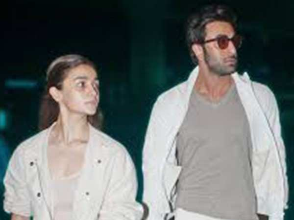 Alia Bhatt to join Ranbir Kapoor in New York for a Kapoor family reunion