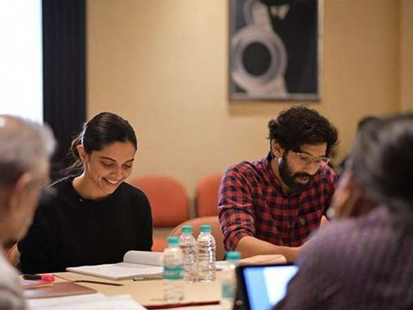 Deepika Padukone begins script-reading sessions for Chhapaak