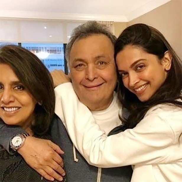 Deepika Padukone, Ranbir Kapoor, Neetu Kapoor, Rishi Kapoor