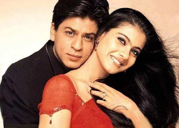 Taraftarlar Kajol'a Şah Rukh Khan ile evlenip evlenmediğini sordular