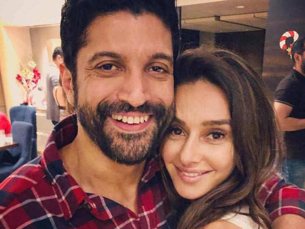 Farhan Akhtar and Shibani Dandekar to tie the knot next year?