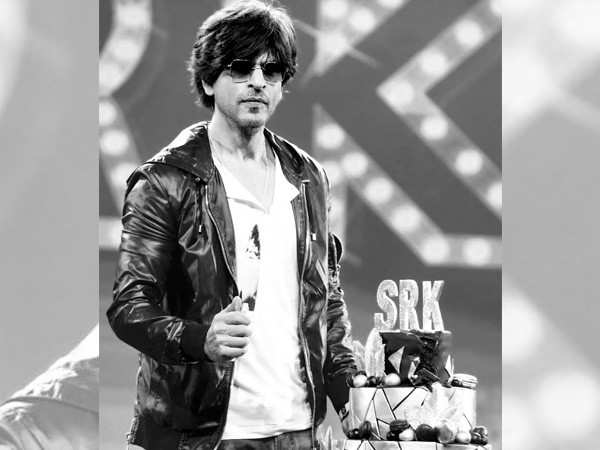 Shah Rukh Khan thanks fans for all the love received on his birthday