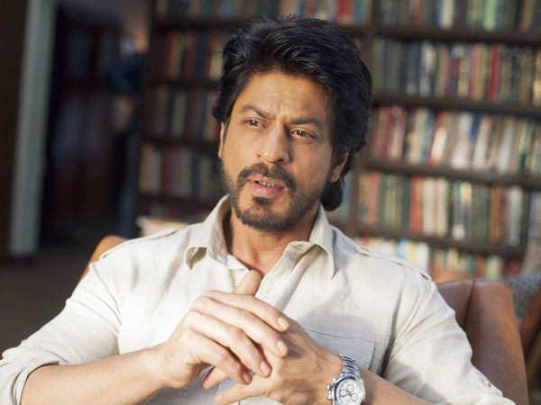 Shah Rukh Khan meets up with South filmmakers Atlee and Vetri Maaran