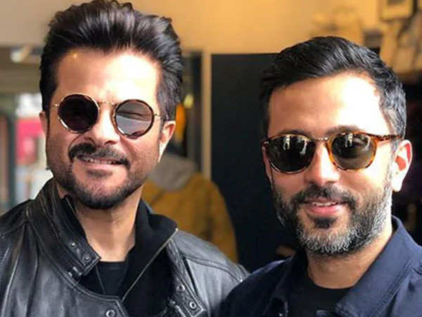 Anil Kapoor has some advice for son-in-law Anand Ahuja as he chills in the Maldives