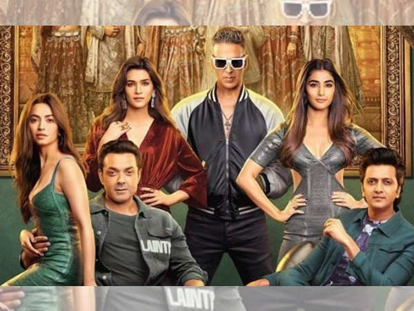 Housefull 4 crosses the 50 crores mark in its first weekend