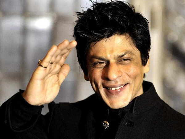 Shah Rukh Khan leaves fans in splits with his witty replies in #AskSRK session