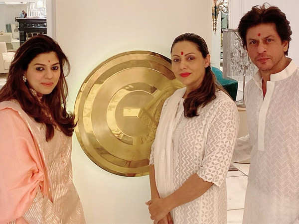 Pictures: Here's taking you inside Shah Rukh Khan and Gauri Khan's Diwali celebrations