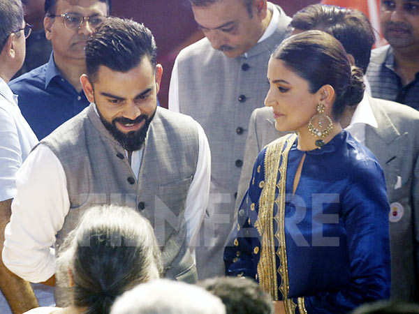 Anushka Sharma and Virat Kohli steal the show at an event in New Delhi
