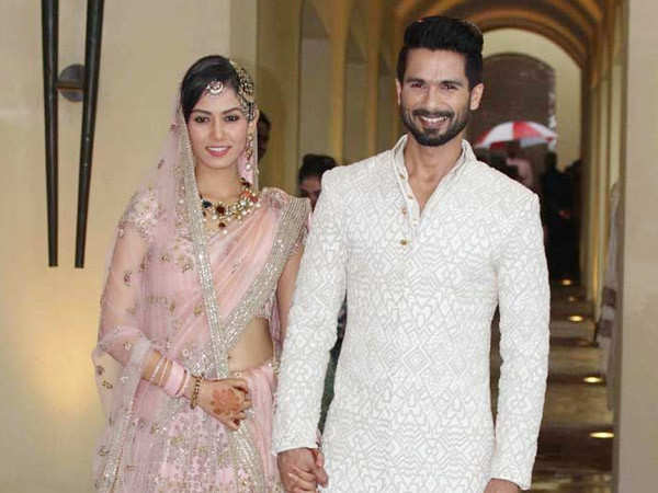 Shahid Kapoor promises Mira Kapoor that he'll renew their wedding vows