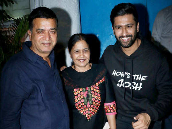 Vicky Kaushal reveals how his parents react to his link-ups