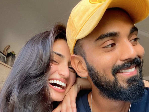 Athiya Shetty finally confirms her relationship with cricketer Rahul KL
