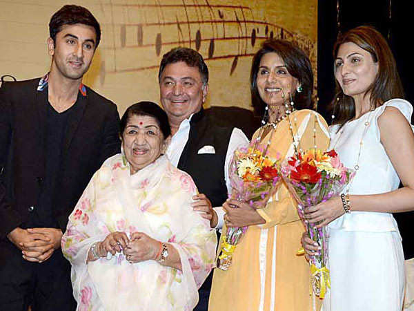 Lata Mangeshkar Says She Is Gutted On Hearing The News Of Rishi Kapoor's Demise
