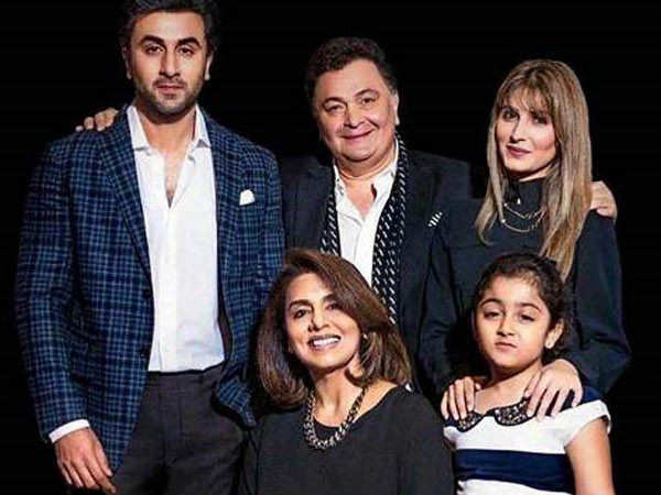 """He passed away peacefully,"""" here's a Message from Rishi Kapoor's ..."""