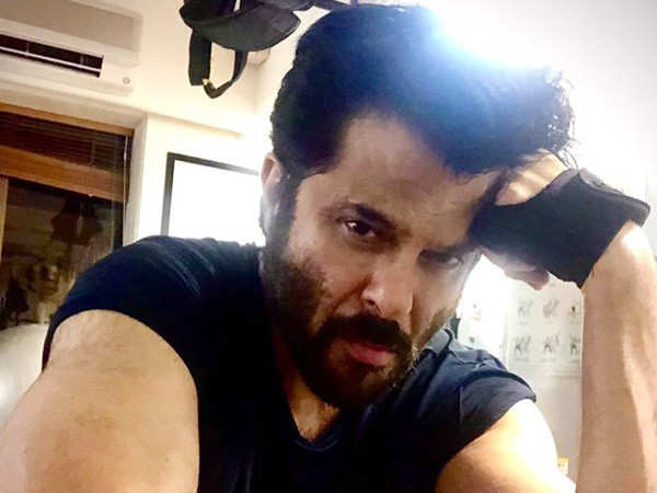 Anil Kapoor Makes Sure he Doesn't Skip a Leg-Day at Workout