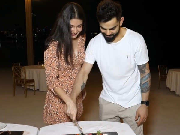 This video of Anushka Sharma and Virat Kohli celebrating their pregnancy is too cute