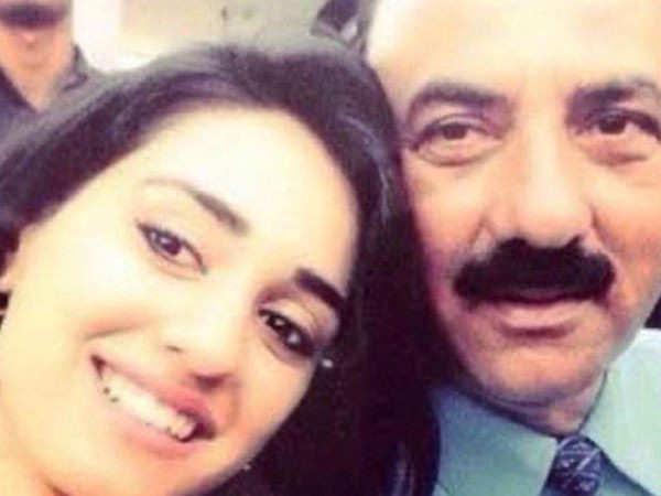 Disha Patani Denies Reports of her Father Jagdish Patani Testing Positive for COVID 19