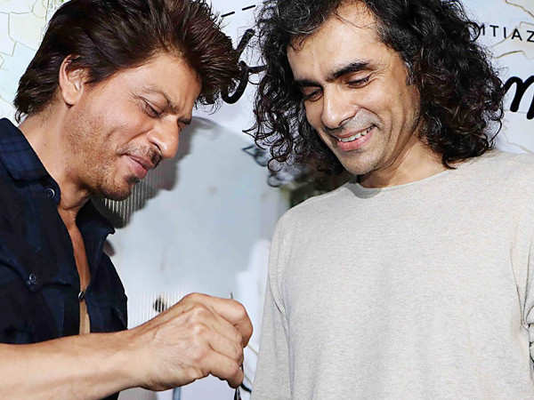 Shah Rukh Khan hilariously recalls eating some 'weird seafood dish' with Imtiaz Ali
