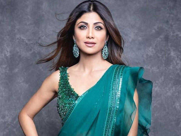 Shilpa Shetty Sends Out Birthday Wishes to her Mother on Social Media
