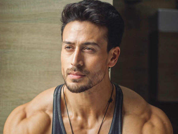 This video of Tiger Shroff working out will surely motivate you
