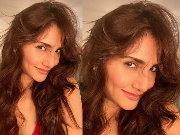 Vaani Kapoor says she is terribly missing her family on her birthday