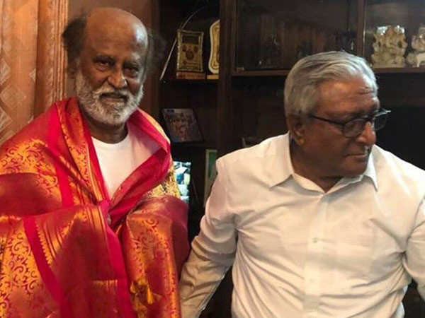 Rajnikanth seeks blessings from his brother ahead of political debut