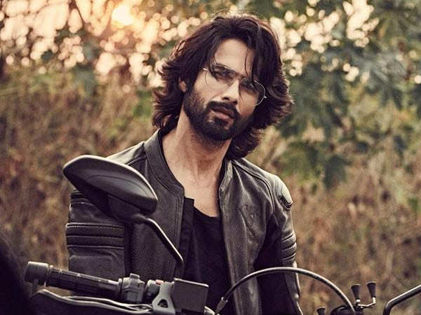 Shahid Kapoor to start shooting for his debut web series titled Gavar