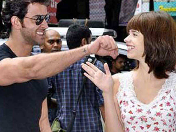 Hrithik Roshan drops a sweet comment on Kalki Koechlin's picture with her baby