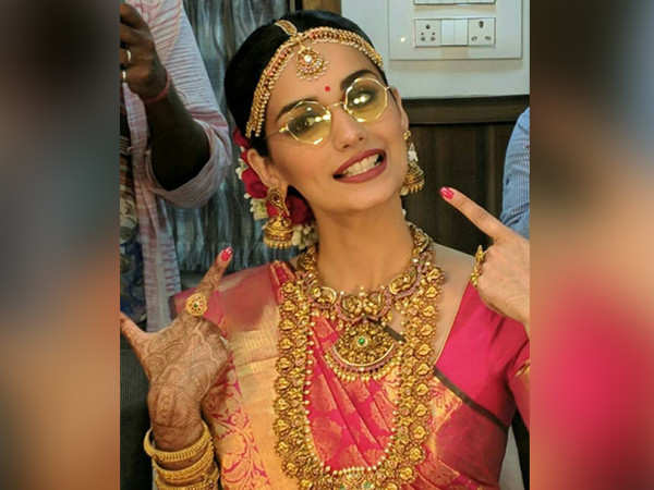 Manushi Chillar talks about shooting for her first song for Prithviraj