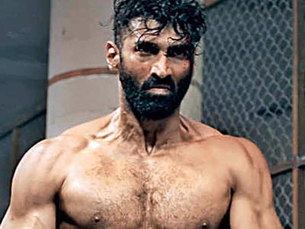 The Secret Behind Aditya Roy Kapur S Hot Bod In Malang Revealed Filmfare Com