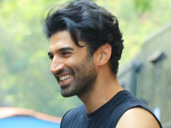 This Is Why Aditya Roy Kapur Felt Like A Boss On The Set Of Malang Filmfare Com