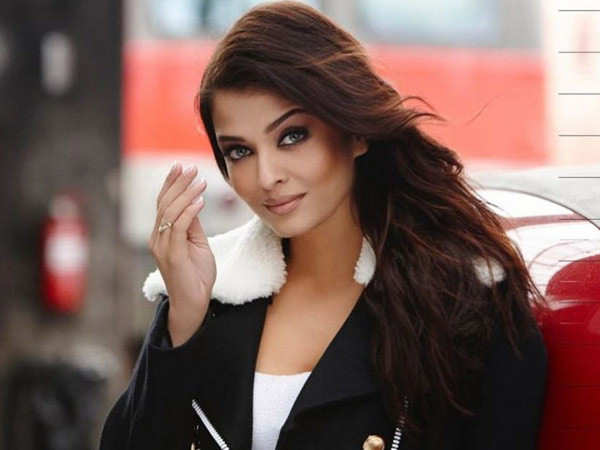 Aishwarya Rai Bachchan approached for a film based on courtesan turned actor Binodini Dasi