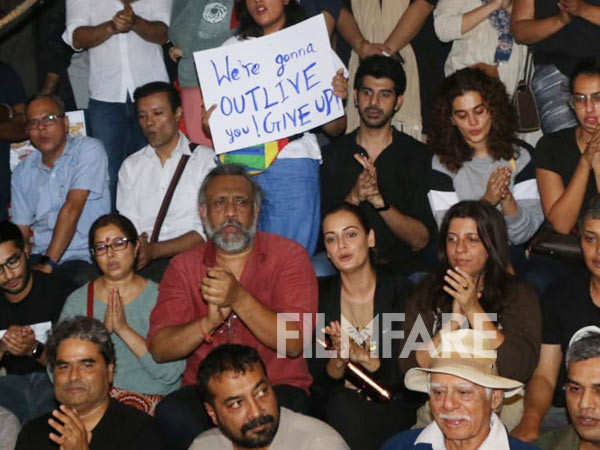 Bollywood speaks up and protests against JNU violence