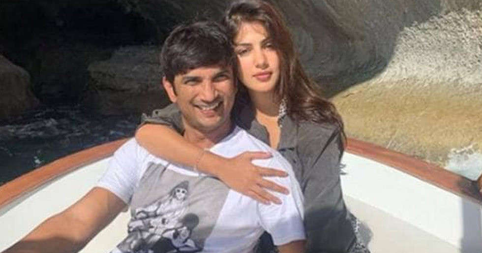 Did Rhea Chakraborty just make it Insta-official with Sushant Singh Rajput?