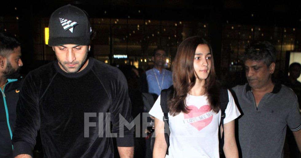 Alia Bhatt and Ranbir Kapoor to host a dinner for Rishi and Neetu Kapoor