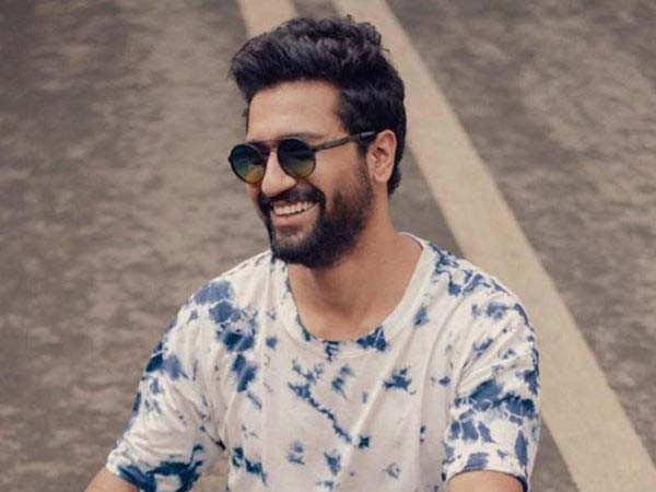 Watch this video of Vicky Kaushal playing cricket with his childhood friends