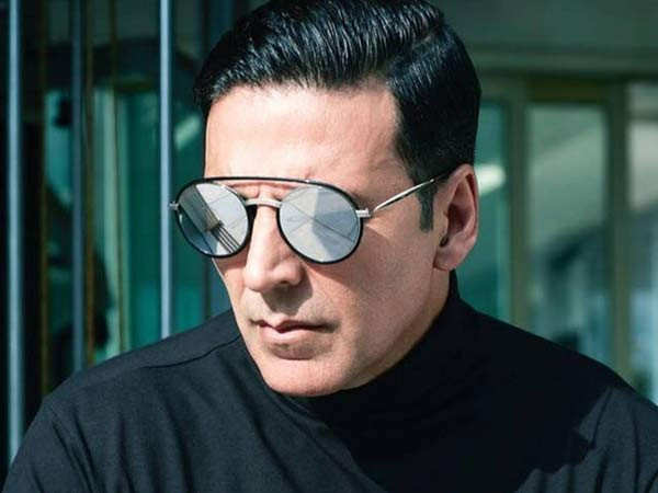 Akshay Kumar and team of Bell Bottom to leave for Scotland in private jets