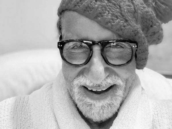 Amitabh Bachchan continues to be in touch with his fans via social media amidst the isolation