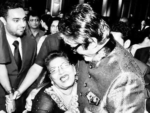 Amitabh Bachchan Recounts the Time when he Received the 'Shagun' of a Rupee Coin from Saroj Khan