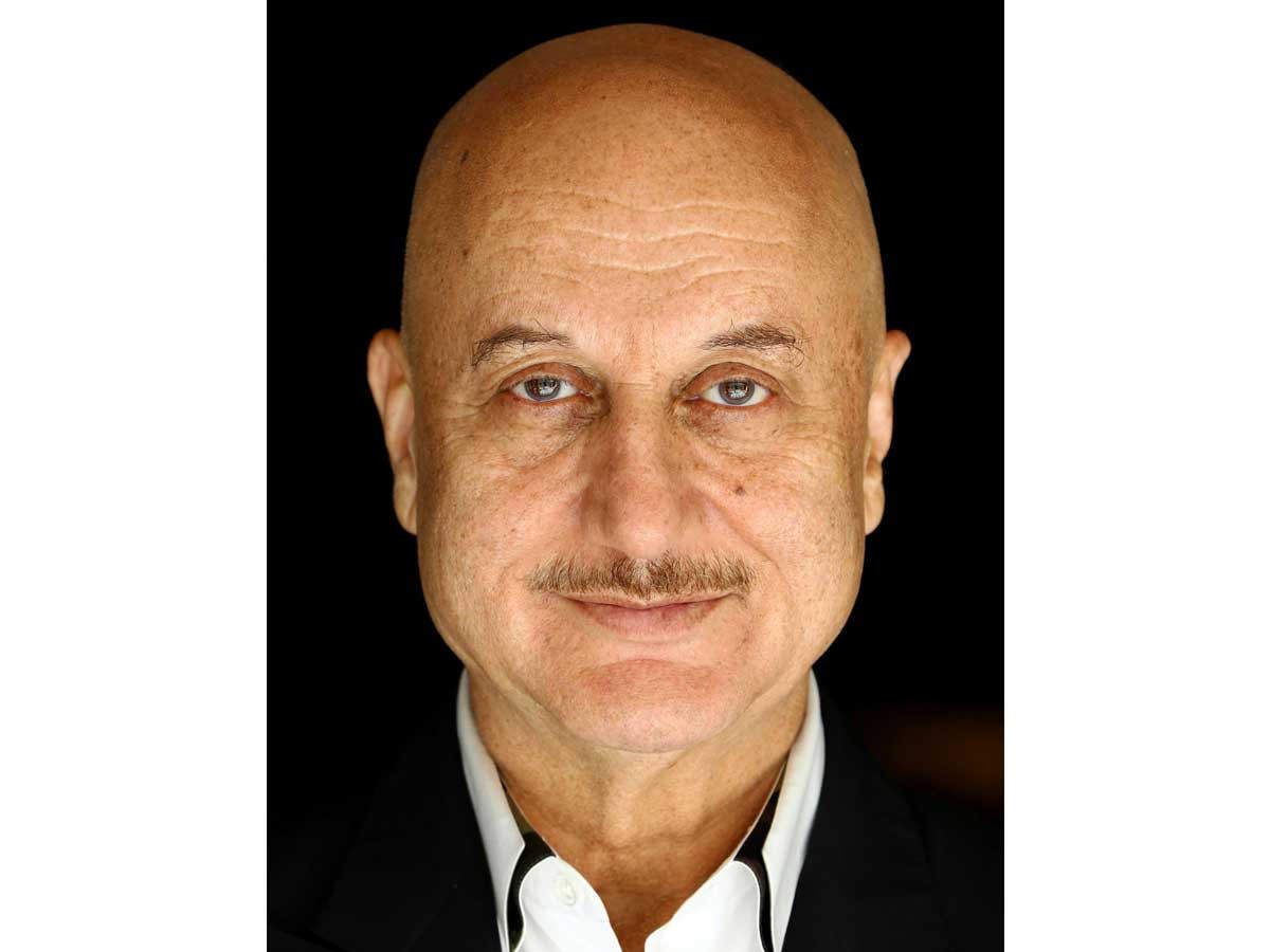Anupam Kher Mother