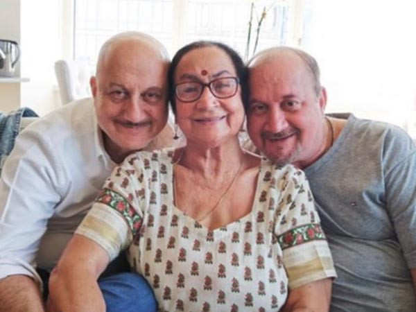 Anupam Kher's mother and brother have tested COVID-19 positive