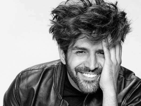 Here's why Kartik Aaryan believes getting married in lockdown is the best idea