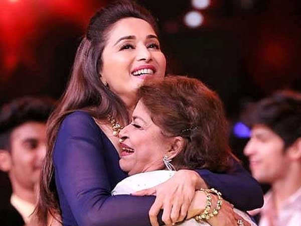 This post by Madhuri Dixit Nene about Saroj Khan touches the heart