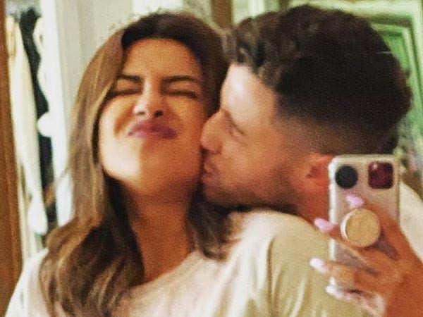 It's been 2 years since Nick Jonas proposed to Priyanka Chopra, she shares a mushy post on Instagram