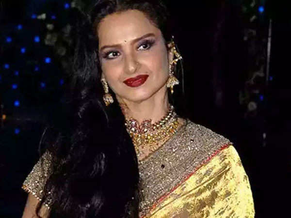 Veteran actress Rekha to undergo a test for COVID 19