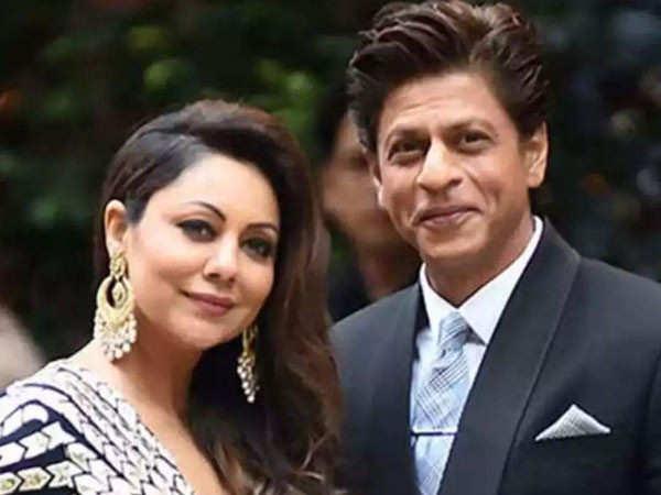 Shah Rukh Khan gives a hilarious reply to Gauri Khan's tweet