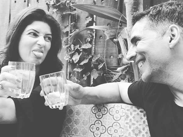 In this Throwback Video, We See What Happened When Akshay Kumar forgot Twinkle Khanna's Birthday