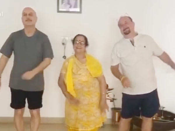 This Video of Anupam Kher Dancing with his Mother and Brother is Super-Cute